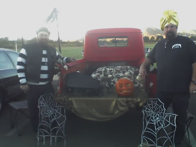 halloween-jedd-and-larry
